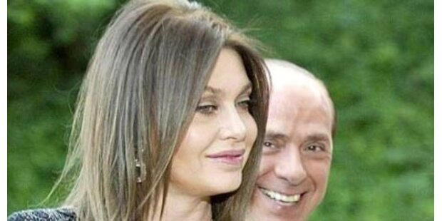 Berlusconis Frau flüchtet in die Schweiz