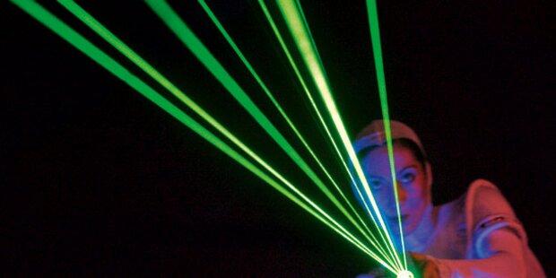 Laser-Attacke auf Notarztheli