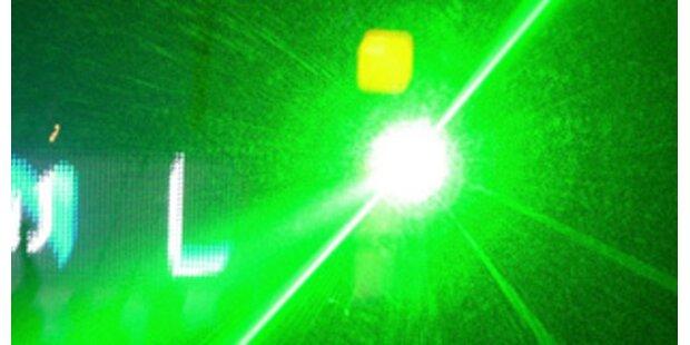 Jugendliche in Russland durch Laser erblindet