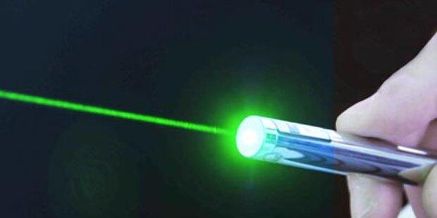 Landeanflug auf Linz: Pilot mit Laserpointer geblendet