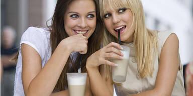 So viele Kalorien stecken in Cafe Latte und Co.