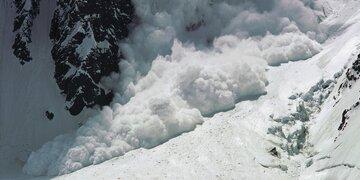 Wintersportler unverletzt geborgen : 51-Jähriger von Lawine in Tirol mitgerissen und verschüttet