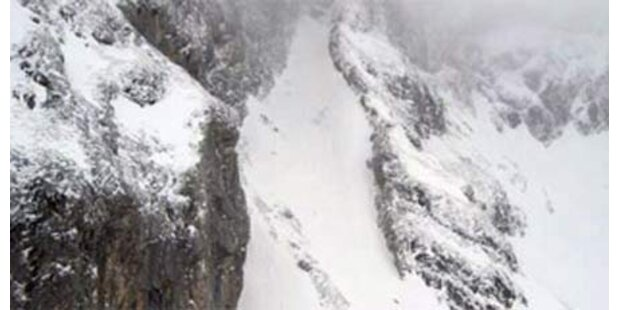 Zwei Tote nach Lawinenabgang in Tirol