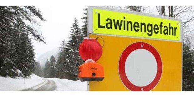 Skiläufer bei Lawinenabgang verletzt