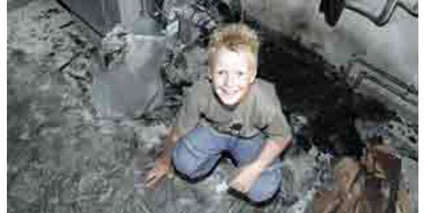 Neunjähriger rettet Elternhaus in OÖ