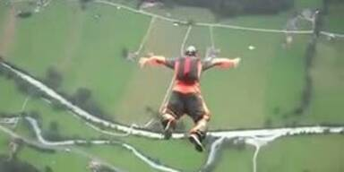 Leberl: Base-Jump als tödliches Hobby