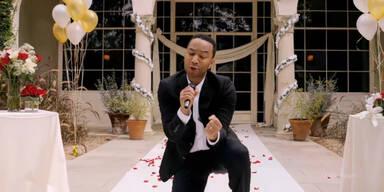 John Legend singt für Hunde- Hochzeit!