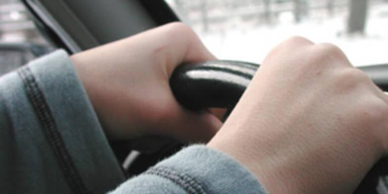 Kein Führerschein und Drogen im Auto