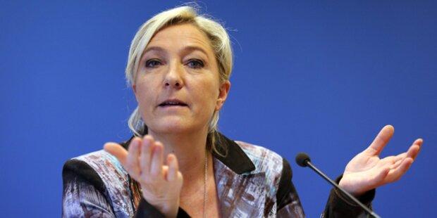 Le Pen schockt mit ISIS-Mordbildern