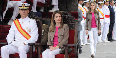 Letizia underdressed bei Militärsparade
