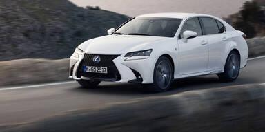 Lexus greift mit dem GS 200t an