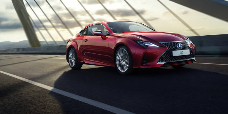 Lexus verpasst dem RC ein Facelift
