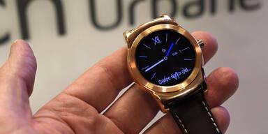 Smartwatches rocken die Handy-Messe
