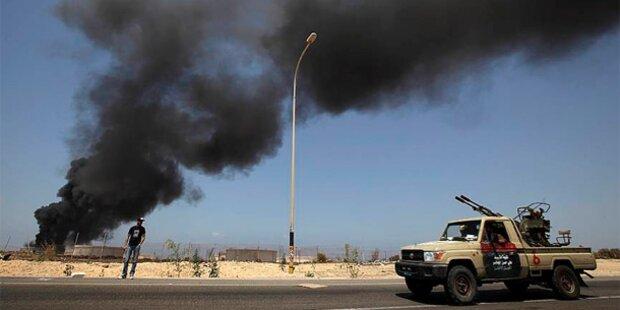 NATO greift Gaddafis Heimatstadt Sirte an