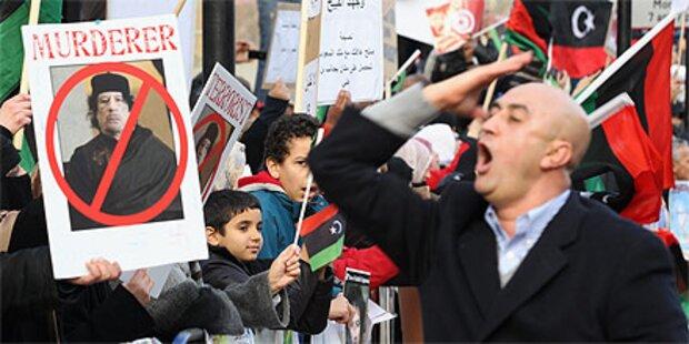 Proteste und Straßenschlachten in Libyen