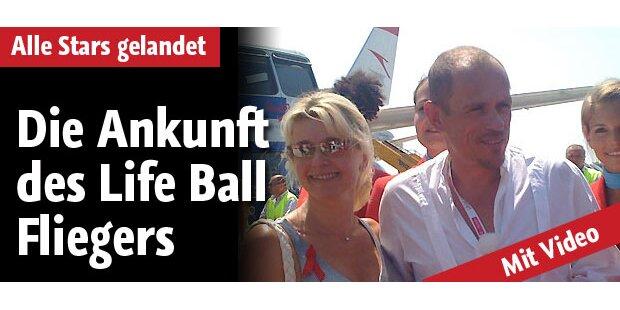 Life Ball-Flieger: Die Stars sind da