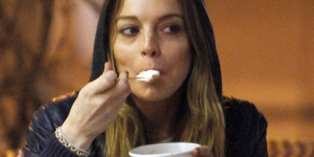 Lindsay Lohan: Rund und gesund in Klinik