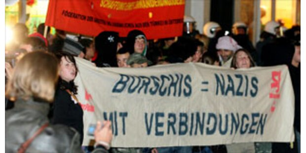 Demos gegen Burschenschaften in Linz