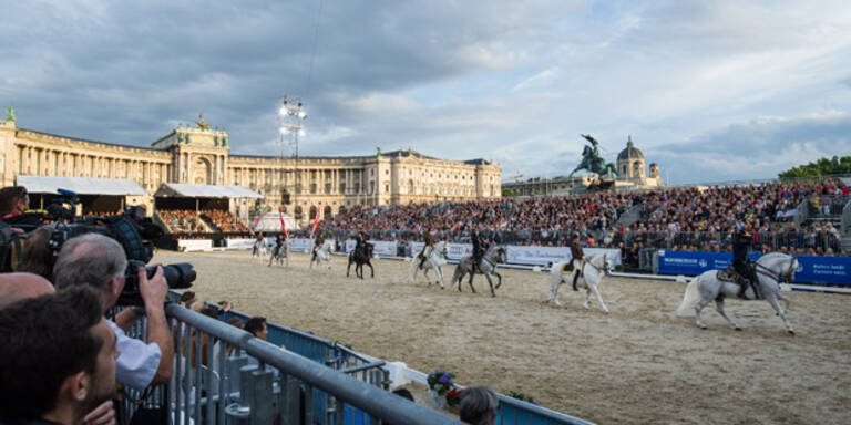 Große Lipizzaner-Gala am Heldenplatz