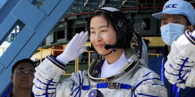 Erste chinesische Frau im Weltraum