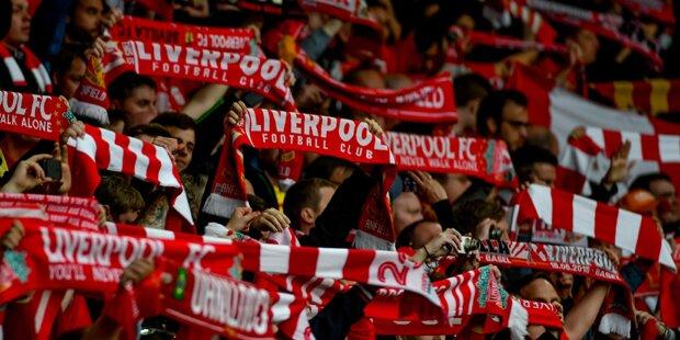 Maskierte attackierten Liverpool-Fans