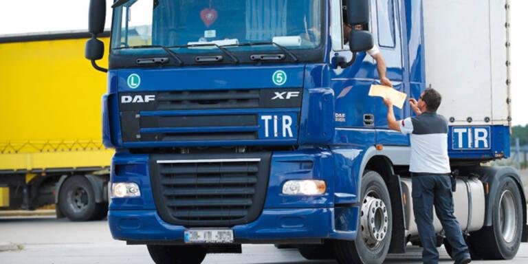 Lkw-Maut brachte bisher 9,8 Mrd. Euro ein