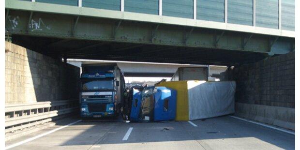 Zwei Autobahnsperren nach Unfällen