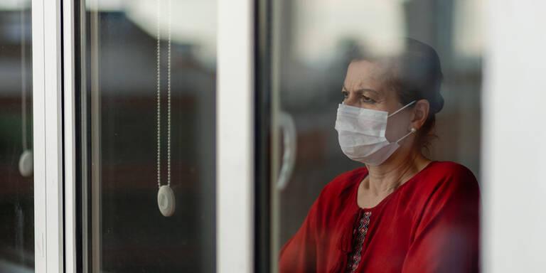 'Bevölkerung in Schrecken': Mediziner rechnet mit Politik ab