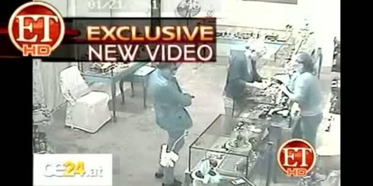 Video zeigt Lohan beim Diebstahl