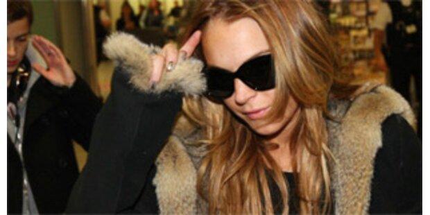 Tierschützer bewarfen Lindsay Lohan mit Mehl