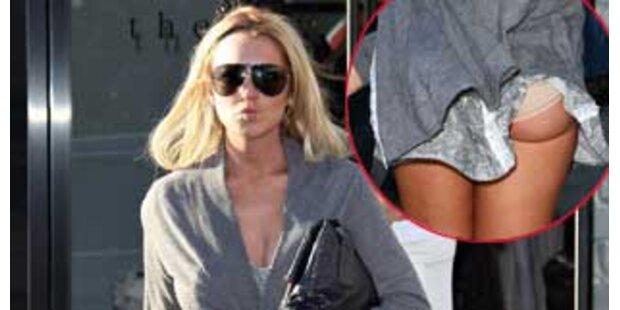 Hoch das Kleid! Lindsay Lohan zeigt Po