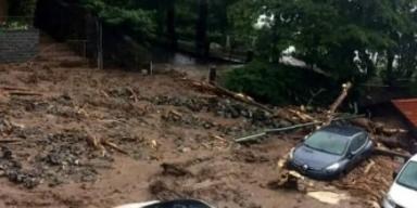 Erdrutsch und Überschwemmungen in Norditalien