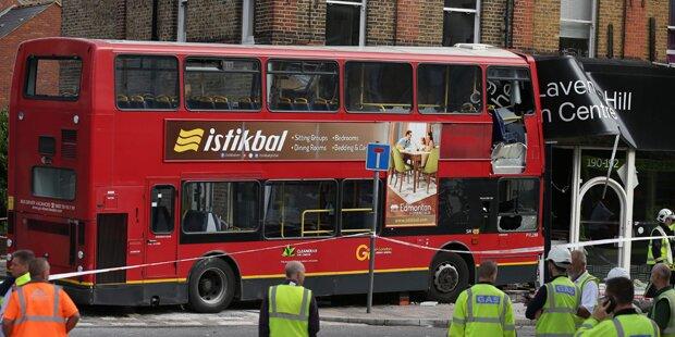 Schwerer Bus-Unfall in London: Mehrere Verletzte