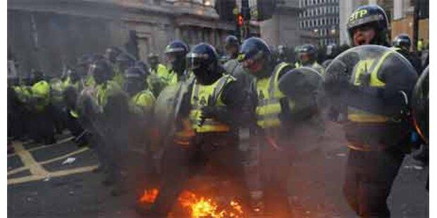 Wieder Ausschreitungen bei Protesten