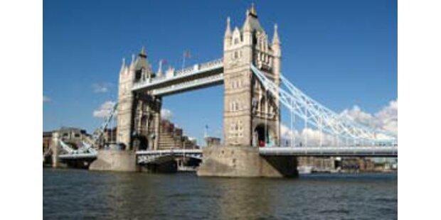 Frankreich warnt vor Reisen nach England