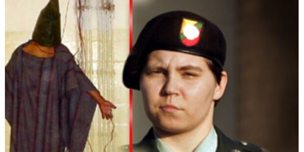 Abu-Ghraib-Soldatin England beschuldigt Rumsfeld
