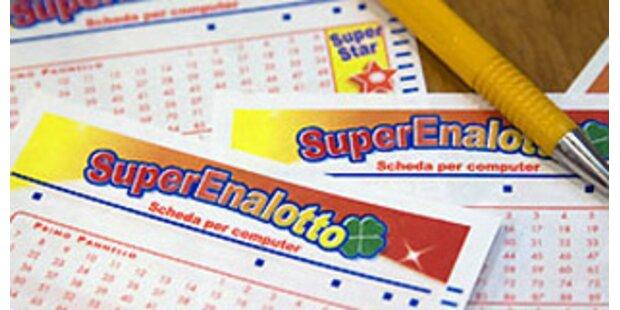 Lotto-Millionär schenkt Gewinn an Bedürftige