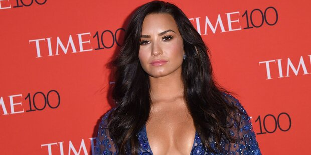 Lovato: Erstes Posting nach Überdosis