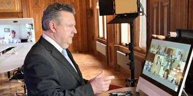 Videokonferenz Michael Ludwig mit Virologen