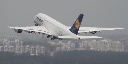 Lufthansa muss WM-Spot zurückziehen
