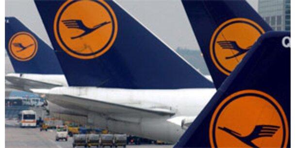 Lufthansa sucht 4.300 neue Mitarbeiter