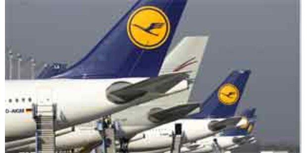 Lufthansa-Maschine stieß mit Bus zusammen