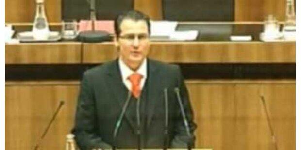 BZÖ-Mandatar blamiert sich total