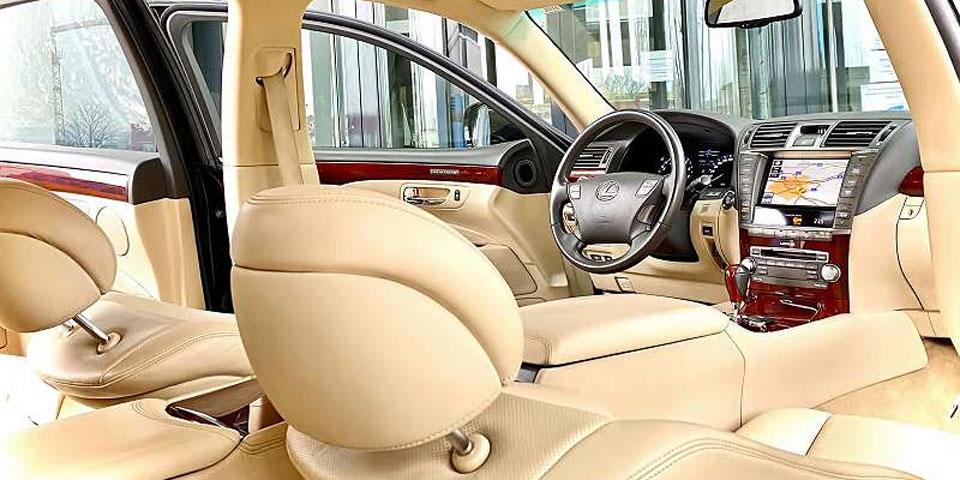 lugner-limousine-willhaben2.jpg