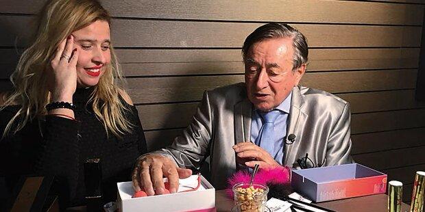 Lugner feiert mit Dani im Sex-Shop