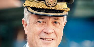 Aufstand gegen neuen Verteidigungsminister