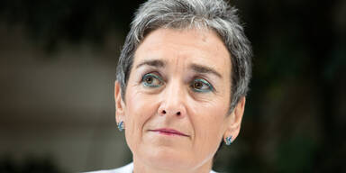 Lunacek-Rücktritt: So reagiert das Netz