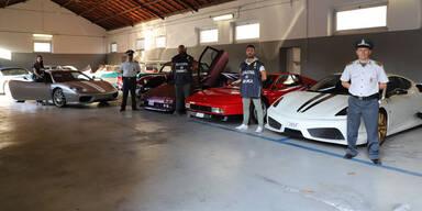Luxusautos von Polizei beschlagnahmt