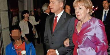 """Bettler """"crasht"""" Merkel-Foto"""