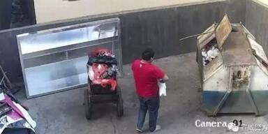 ER schmeißt sein Baby in den Müll